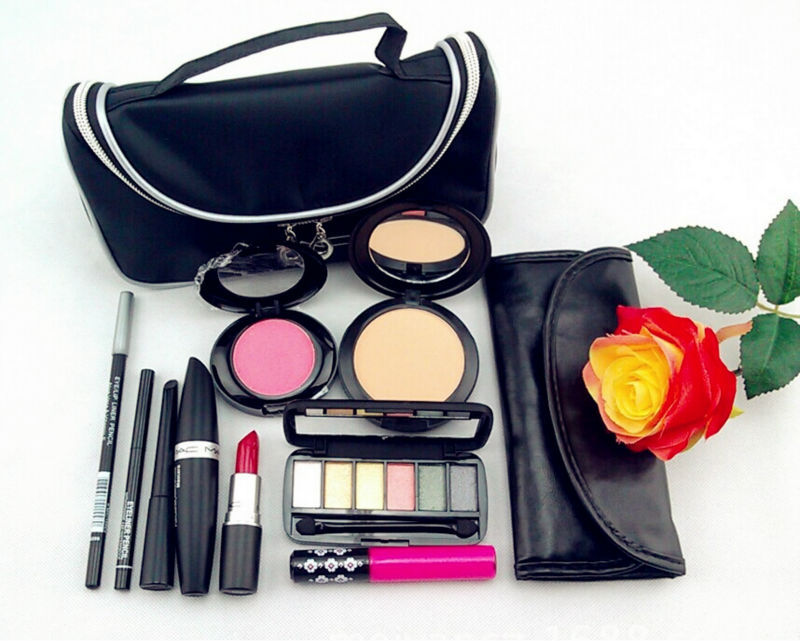 Mac professional makeup case
