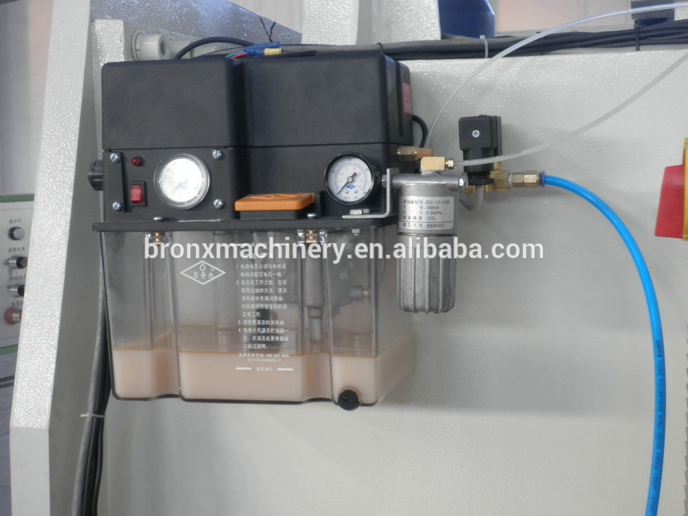 Bronx CNC automatic roll to sheet cutting machine