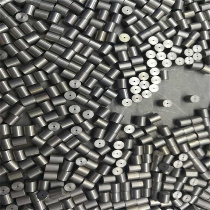 กระบอกสูบทังสเตนและคิวบ์ทังสเตนสำหรับของเล่นน้ำหนักใช้