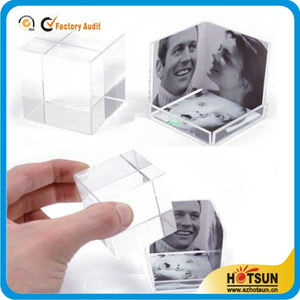 Simple Design Acrylic Cube Picture Frame