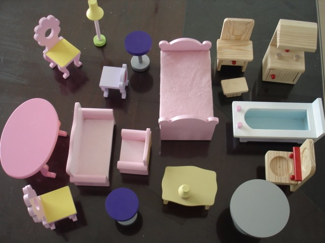 Modern Handmade Wooden Kids Miniature Doll House Furniture