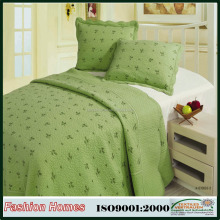 100% cotton with embroidery print adult quilt