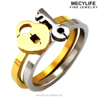MECYLIFE Stainless Steel Double Pieces Split Silver Key And Gold Lock Ring