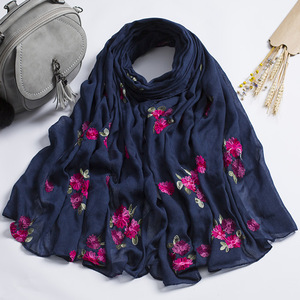Latest Fashion Women Rose Embroidery Cotton Scarf Floral Embroidery Scarves Shawls Wraps Hijab 170*90cm
