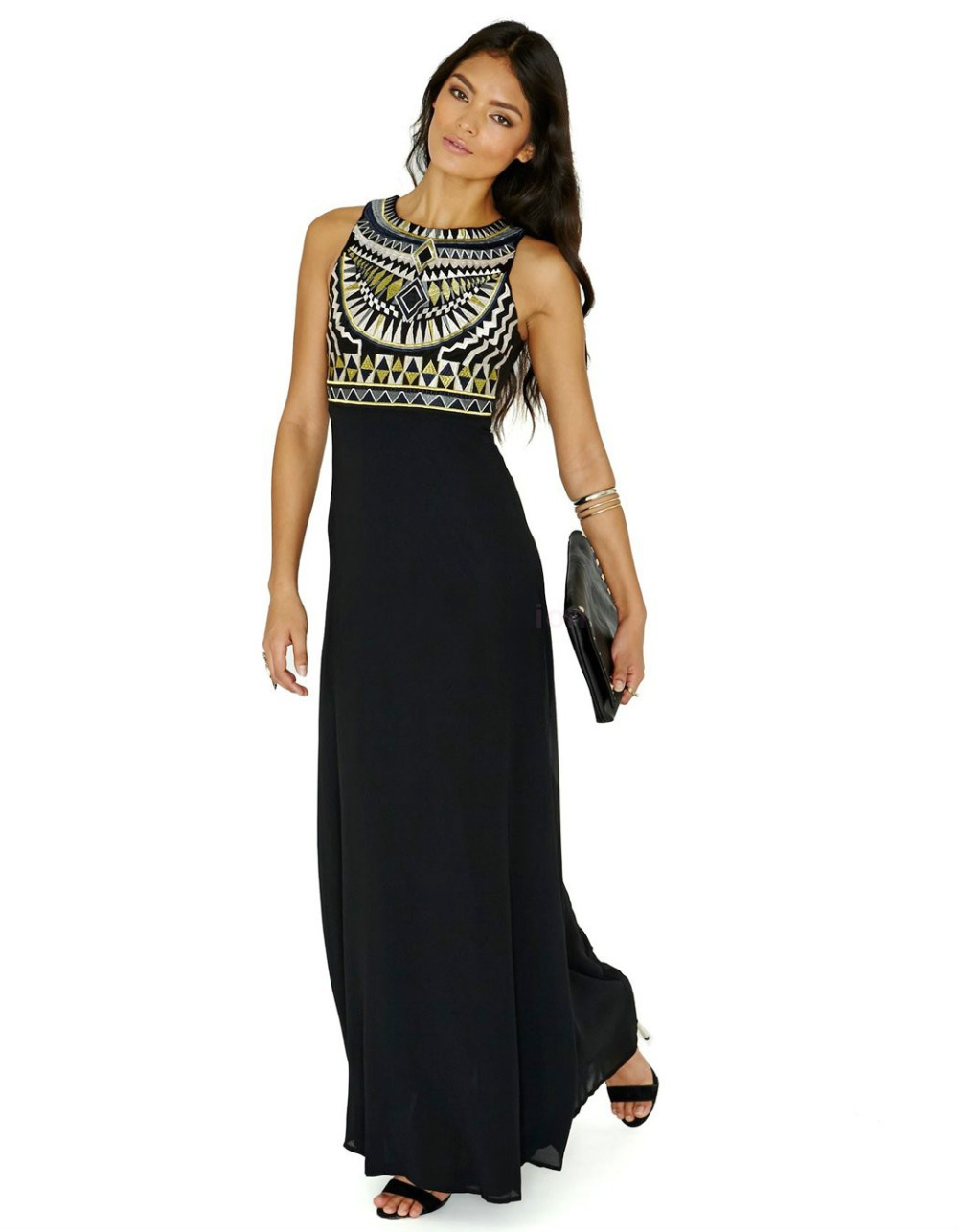 Shop for Maxi dresses online in all styles! Maxi dresses for women are some of the most popular fashion items in recent times. Modern day women are finding it more convenient and fulfilling to wear these metools.mluyLove is your best place to buy maxi dress online in India.