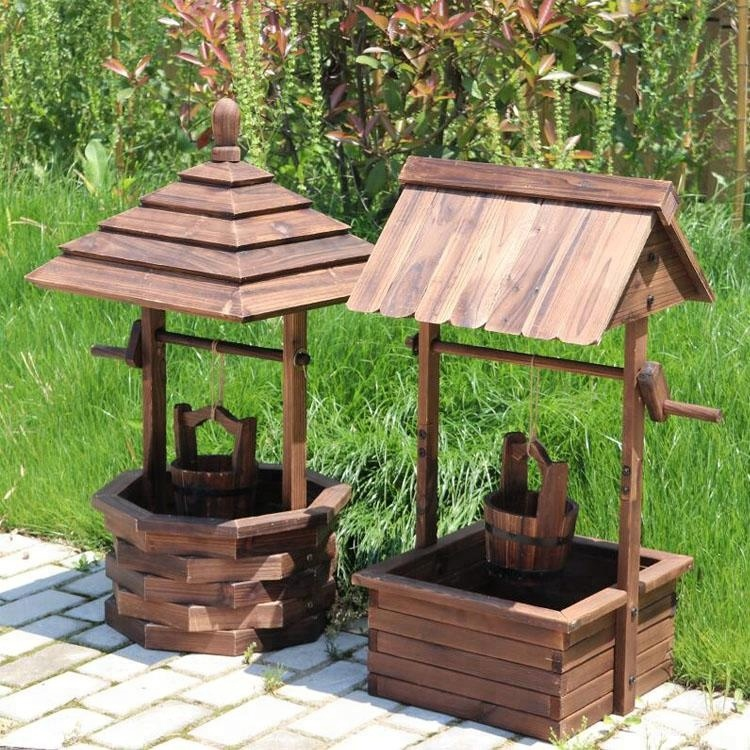 Wishing Well Rustic Wooden Patio Flower