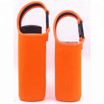 Promotion cheap hanging tote insulated water bottle cover neoprene