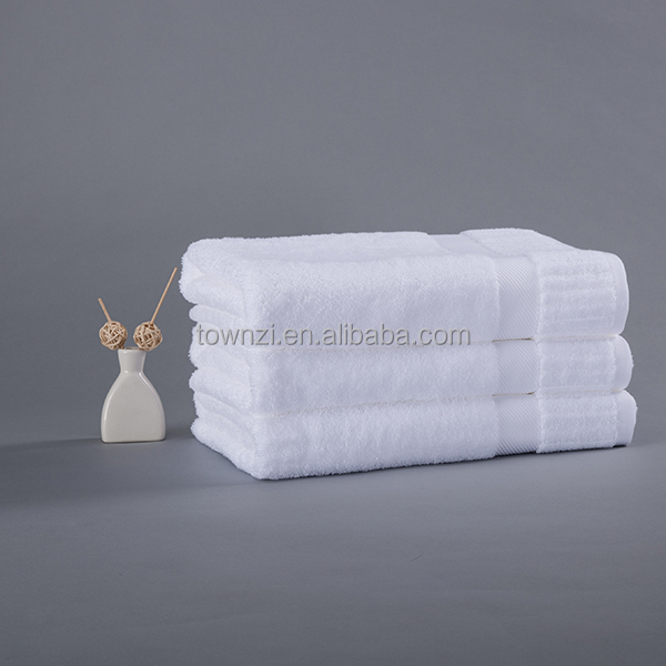 Wholesale Fashion Custom Hotel 100% Cotton Rectangle Bath Towel Townzi Cheap Hospital Luxury White Woven Airplane Beach Towel