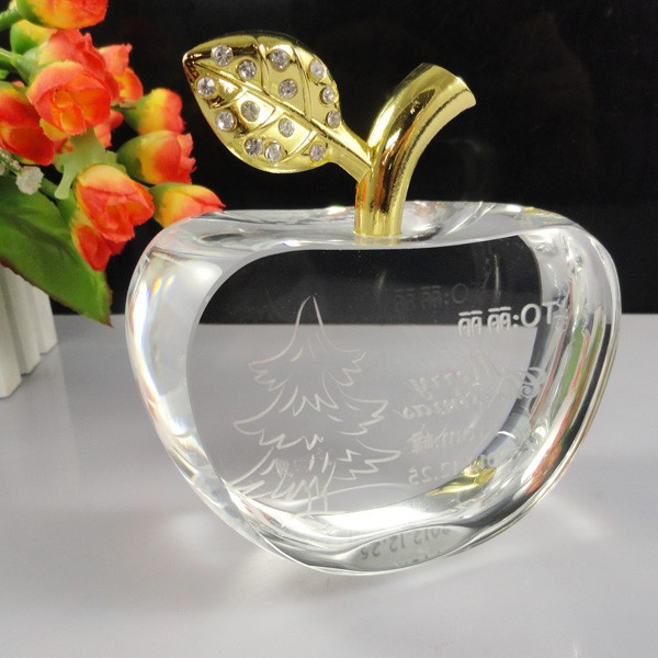 Wedding Gift Sale: Hot Sale Crystal Thai Wedding Gift