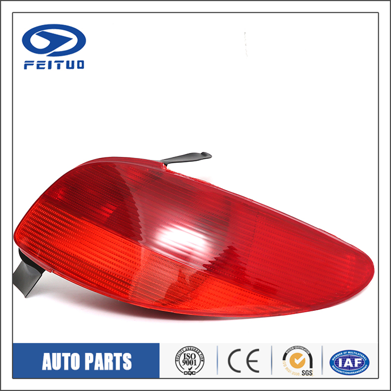 High Quality 550-1921-UE shadow tail light for PEUGEOT 206