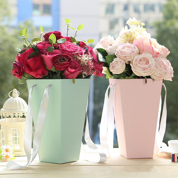 Newly fancy vase shape waterproof flower packing boxes