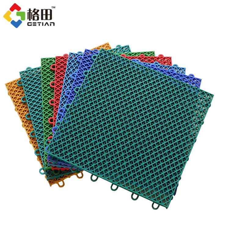 CE Standaard pp grijpende synthetische draagbare tennis hof sport vloeren, verwijderbare tennis hof vloeren materiaal