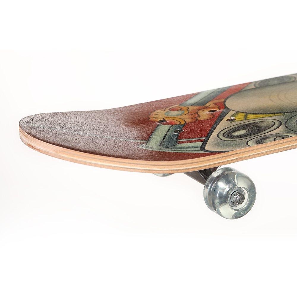 outdoor sport skateboard China maple 31inch standard fashion skateboard good sale and popular in Europe