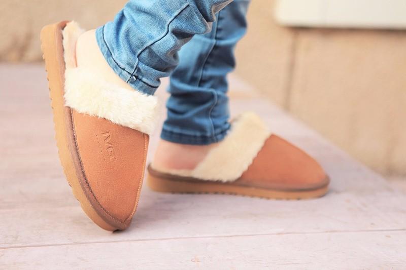 9339446dd4e8 2016 Hot Sale Luxury Winter Plush Leather Furry Flip Flops House ...