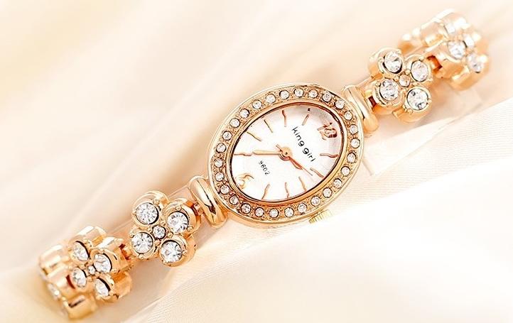 45a4a75c4df39 Get Quotations · 2015 King girl Fashion Women Bracelet Watches Luxury  Relogio Feminino Quartz Rhinestone Lady Watch