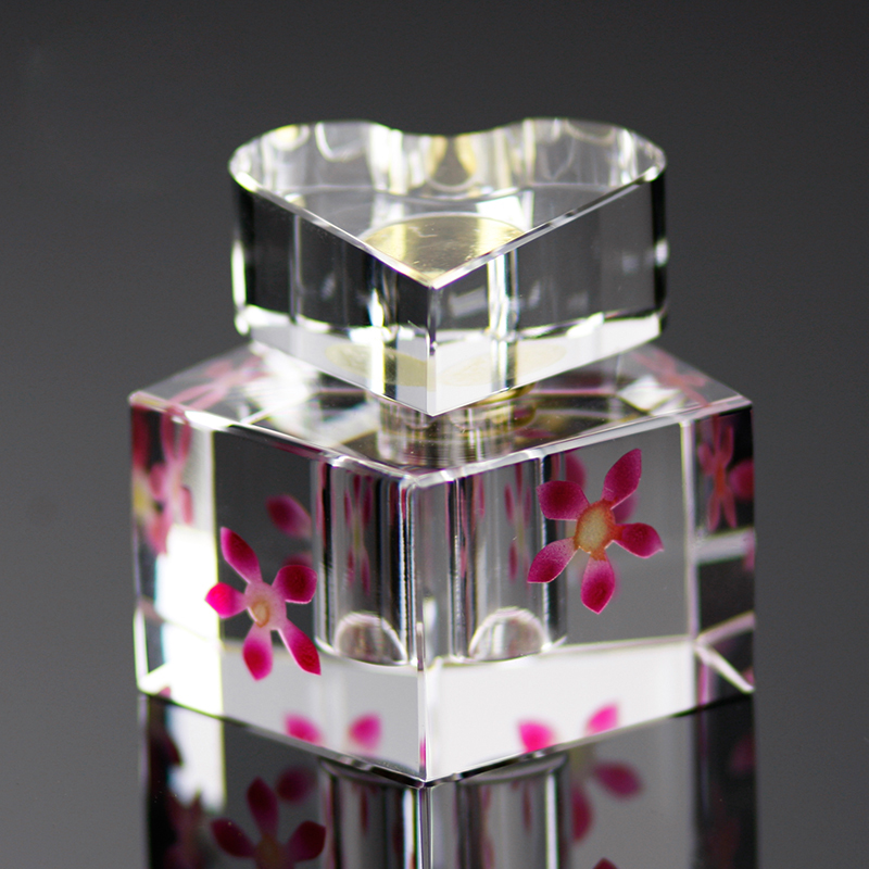 Admirable creazy heart shape crystal glass perfume bottle with flower wedding gift colored perfume