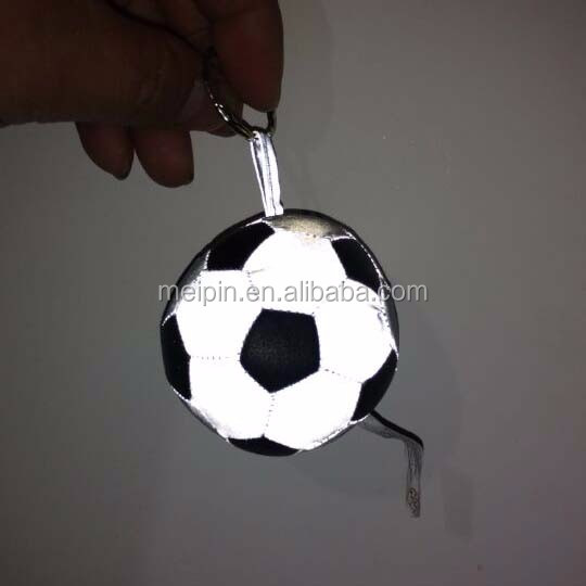 2018 world cup funny reflective football keychain