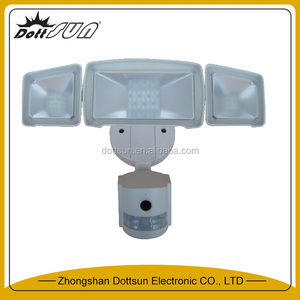 CE,ROHS,RED certificate cool white LED chip motion sensor included photocell wifi security light