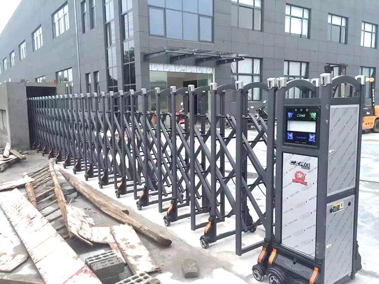 Main Entrance Electric Motorized Aluminium Alloy Driveway Retractable Gate