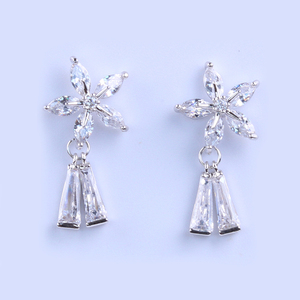 New Design Hot Sale Flower Jewe;ry AAA Cubic Zirconia Tassel Drop Earrings Stock