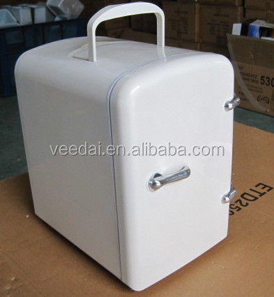 Mini Fridge Suitable for Office/Small Refrigerator