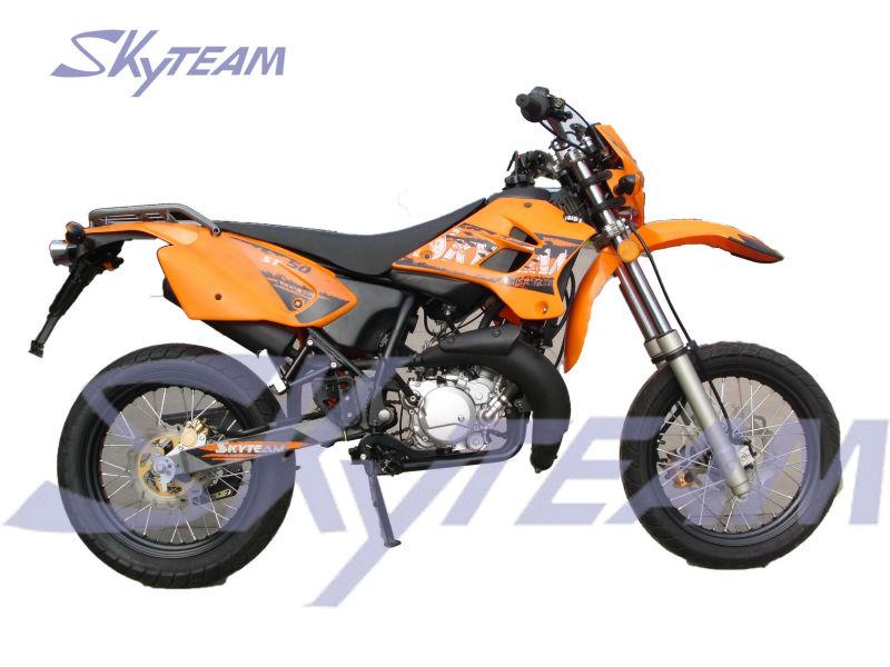 skyteam 50ccm 2 takt supermoto bike motorrad ewg. Black Bedroom Furniture Sets. Home Design Ideas