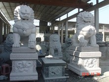 Natural stone lion statue home & garden decorations