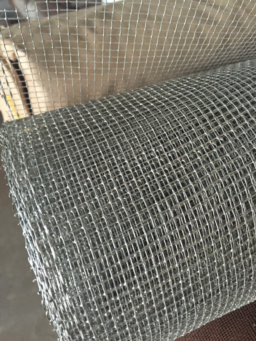 Exporting Galvanized Square Welded Wire Mesh Square