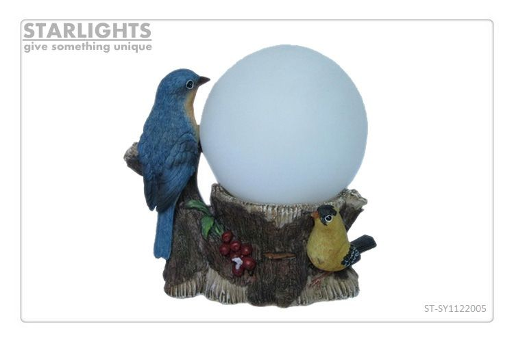 Garden ornament resin bird figurine with glass ball solar stake light