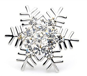 Crystal Brooch Decorative Garment Accessories Bridal Wedding Dress Rhinestone Snowflake Brooch Pin