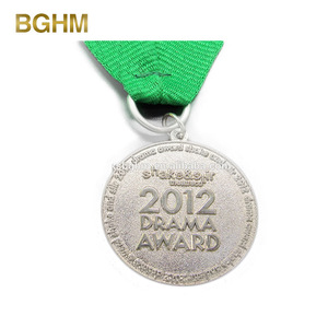 Customized Iron Die Casting Without Enamel Medal With 2012 Drama Award