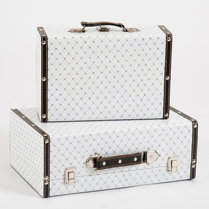 OEM handmade elegant vintage leather white suitcase for girls