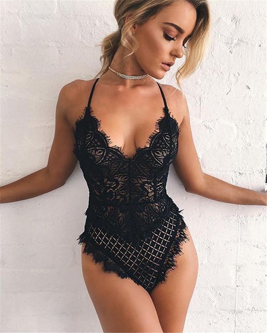 Malha Branca Sexy Lace Bodysuit Mulheres Tops Transparentes Macacão Verão  Romper Aptidão V Neck Oco Out 766739d2fb69