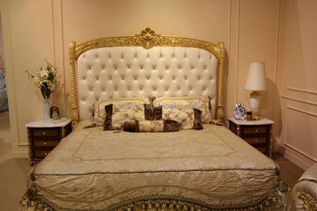 European Concise Gold And White Wood Carved Bedroom Furniture Set Roman Style Leather Bed