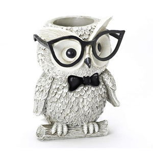 Cool Owl Pencil Organizer Resin Table Desk Pen Holder