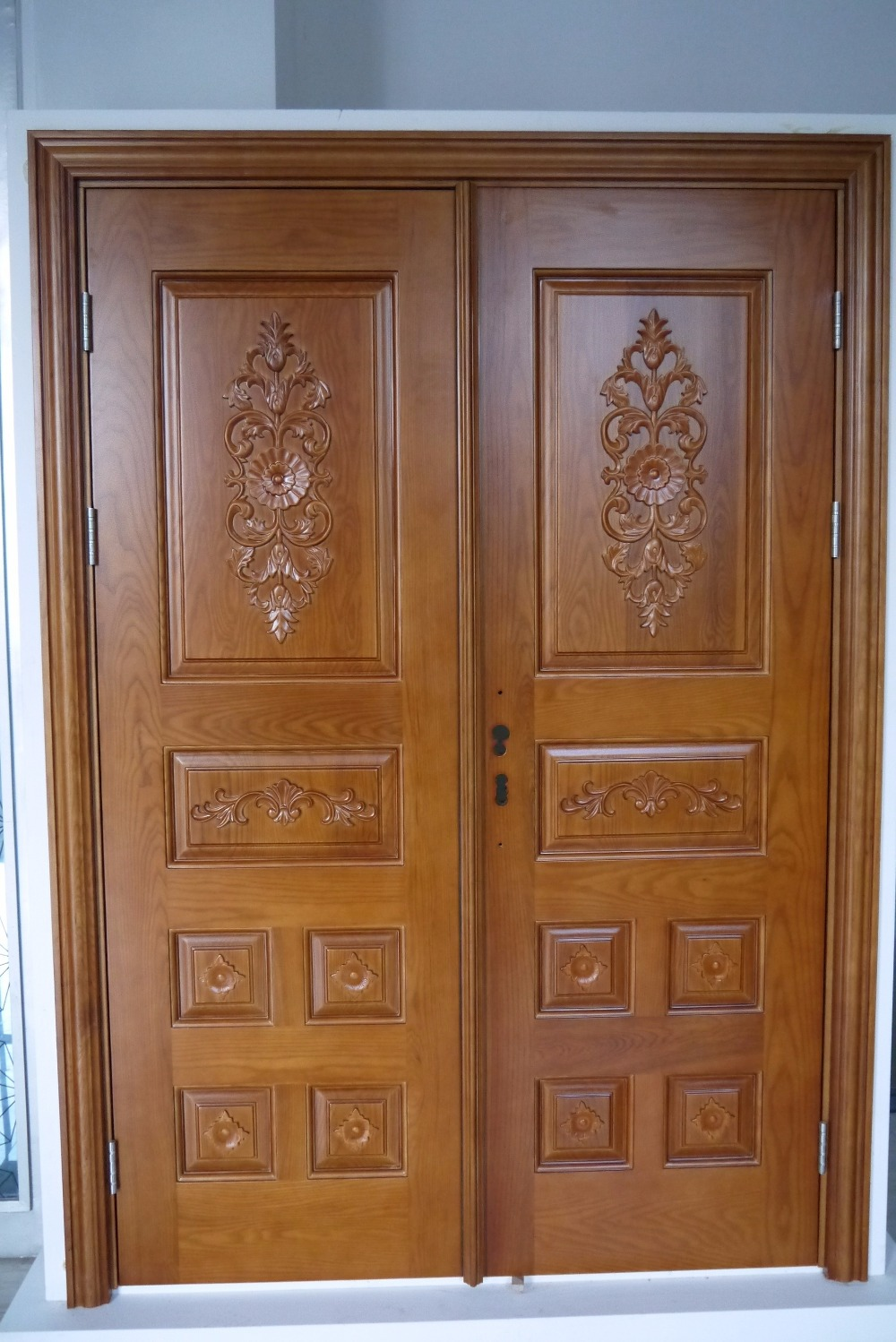 Prehung exterior double door 96 wood mahogany 2 panel for Big main door designs