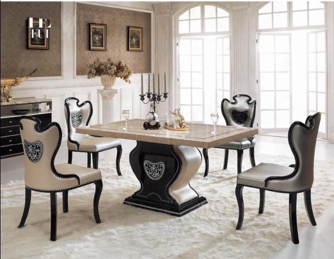Marble top round dinning table affordable kitchen dinner for Mobilia italia