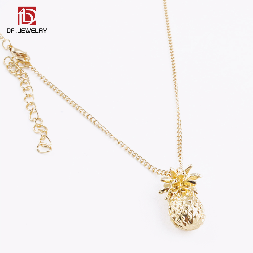 Wholesale Fashion Tropical Fruit Charm Necklace Cute Hawaiian Alloy 3D Pineapple Charm Pendant Necklace