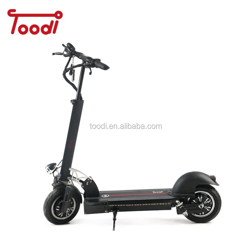 10inch Off Road Electric Scooter 60V 2400W 65Km/h Strong powerful