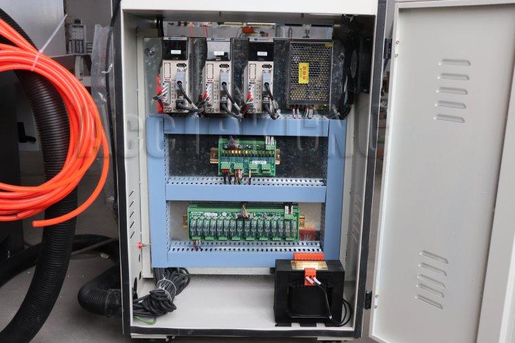 ATC metal cnc router (10).jpg