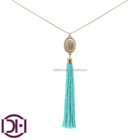 latetest cheap 18k gold chian necklace with glass acrylic diamond pendant beaded tassel necklace