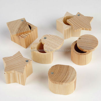 Small Wooden Craft Boxes Mini Wooden Treasure Chest Jewelry Box