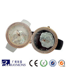 Beautiful ladies flower round well watch