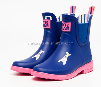 Wholesale factory Fashion half waterproof  rubber dog boots for woman