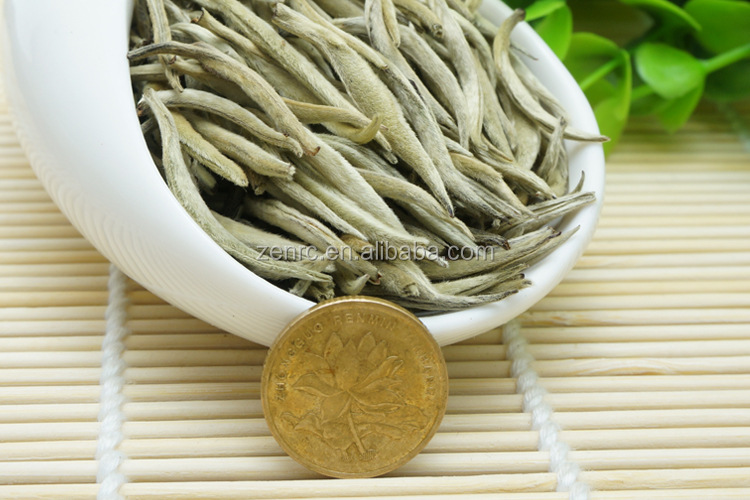 Lightly Oxidized Pine Needle White Tea with White Hair