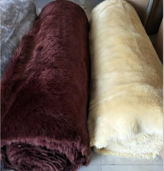 Hot sale long fur faux sheepskin fur fabric fake sheepskin fur rolls