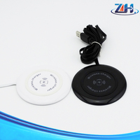 New popular Hotselling adhesive Qi wireless charger phone wireless charger with CE ROHS FCC approved