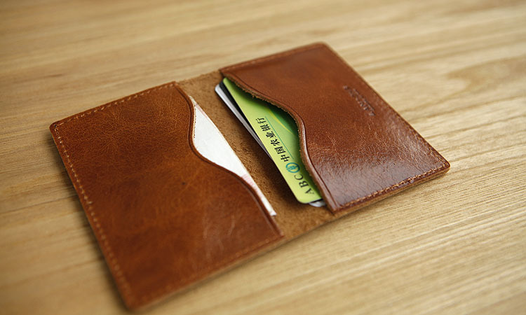 9 Best Small Wallets For Men And Women Styles At Life