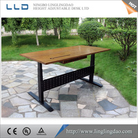 LingLingDao Ergonomic height adjustable metal office table, standing computer desk