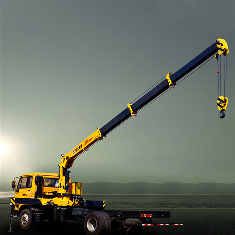 SQ6.3SK2Q 2.3ton  light manual low bed truck mounted crane